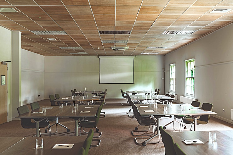 Patten Gather round... If you're looking for a space that's small and flexbile then the search if over. Patten's perfect for team meetings, breakouts and brainstorms.  Marguerite Patten was a chef whose tips