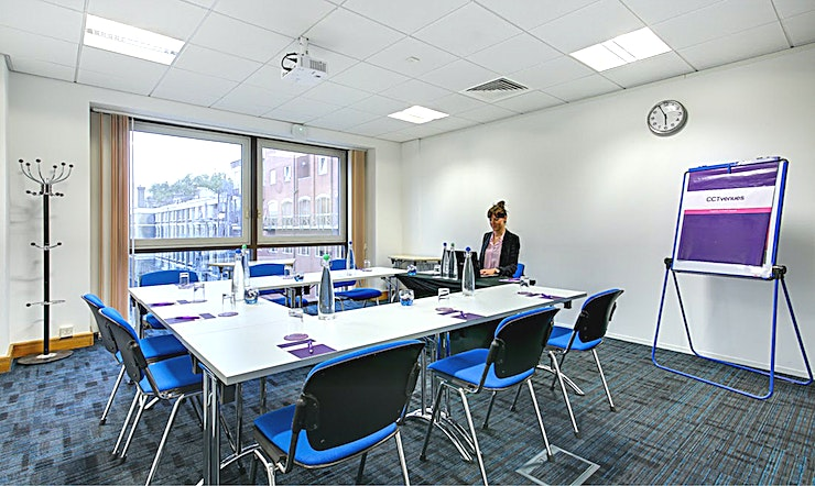 Luna Recently refurbished, CCT Venues-Barbican offers a professional environment in a superbly convenient City location. The venue occupies the whole of Aldersgate House, on the corner of Aldersgate Street and Long Lane, in London EC1. The 22 training and meeting rooms are arranged over five floors and offer a range of bright, airy Spaces, with large windows and individually controlled air conditioning.  CCT Venues-Barbican has a great mix of room sizes, with capacity for groups of 4 to 150. The venue has a strong reputation for superb service and expert management of training events. In addition to great rooms, the venue also has a modern top floor Sun Restaurant, with capacity for over 140 and offering a range of freshly prepared food from our in-house chefs. All other floors have refreshment areas with tea and coffee facilities.  All rooms are well equipped with modern furniture, quality audiovisual equipment and powerful data links. Events are supported by our first class, highly experienced team who put warm, professional service central to everything.   You'll find the venue directly next to Barbican underground station and only a few minutes' walk from CCT Venues-Smithfield. City Thameslink mainline, Farringdon, St Paul's and Moorgate tube stations are also just a short walk away.   CCT Venues also have locations in Canary Wharf, offering great choice across London's busiest business districts.
