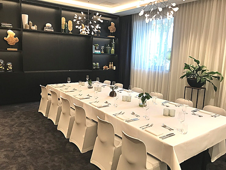 Meeting room A * Meeting Room A at the Hyatt Regency Amsterdam is a small yet stylish space for your meeting in central Amsterdam*   Awarded for its refreshing sustainable 'living' décor, five star Hyatt Regency Amsterdam offers spacious botanical inspired guestrooms, relaxing public spaces, a 24H Fitness Centre and Mama Makan Indonesian Restaurant, Bar & Terrace. Located in the city centre, bordering the trendy east neighbourhood, the vibrant hotel seamlessly connects business with pleasure and the city with nature.  This space offers up to 46m2 of space for an intimate board meeting, reception or dinner.