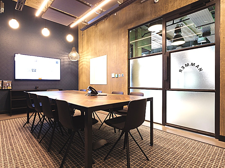 Hammer  Situated next door to London Fields, this stylish 10-seater meeting room, complete with an LED screen, superfast connectivity and a writeable board is the perfect space for your next meeting, presentation or brainstorming session in East London.
