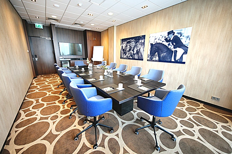 Athene Hotel Den Haag - Nootdorp is situated on the A1 near The Hague. For meetings, conferences and others, the hotel offers exclusively furnished boardrooms and / or flexible rooms with free Internet. Our luxurious meeting rooms are distinguished from others by their particular character. This is reflected in the comfortable armchairs, integrated devices (thinking on the projector, projection screen, Bose speakers) and its own fully automatic coffee machine. The hotel has a conference floor with a sleek and luxurious lobby. All 14 rooms with a maximum capacity of 450 guests are characterized by light and spacious design.  Hotel Den Haag – Nootdorp has private parking. Luxury is our standard! Choosing our hotel means choosing a luxurious and comfortable room that is equipped with all modern conveniences. This way you can completely unwind after a successful event or day out.  All 192 rooms of the Hotel Den Haag - Nootdorp are tastefully decorated and decorated in their own luxurious style, and of course everything has been thought of for a relaxing overnight stay.  The luxurious, comfortably furnished rooms are spacious and have a seat, a desk, flat screen television, reading lamp next to the bed, free WIFI, telephone, safe and fridge (the minibar box is available at the reception).  You also benefit from a design bathroom with whirlpool, a separate rain shower (rain shower), washbasin, toilet and a hair dryer.  Experience the quality and optimal hospitality of Hotel Den Haag - Nootdorp. Hotel den haag - nootdorp has a swimming pool, fitness and wellness on our 7th floor. With a great view over The Hague.