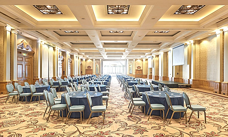 Empress Suite **For large scale events, the Empress Suite is the perfect space. It's a showstopper being the largest sea-facing conference suite in the UK. This contemporary room offers audio visual routing for sound and light along with unlimited suspension points for creative and practical conference sets. The suite splits into four separate rooms, offering flexibility for your event and benefits from a private entrance, foyer, crush hall, private bathrooms, cloakroom and street loading.**