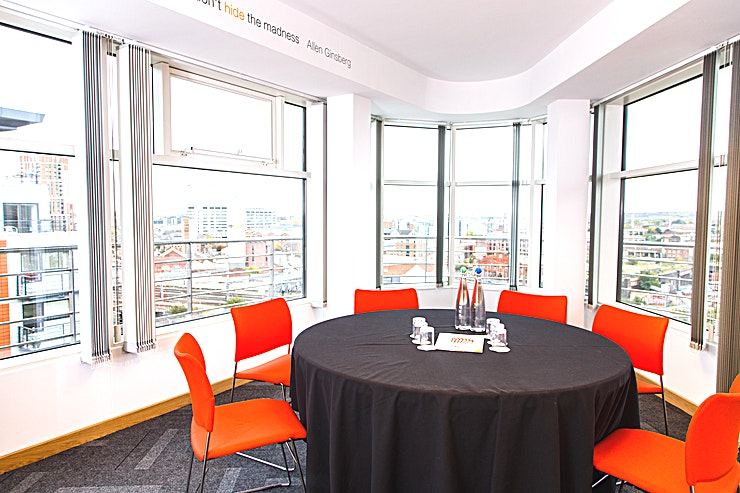 Hide **Situated at the heart of the city, just a hop, skip and jump away from all major transport links: thestudioleeds sits on the 7th and  8th floor offering 11 vibrant event spaces and stunning panoramic views of the city and countryside beyond. Guests also have direct access to a balcony where they can take in the view whilst enjoying some fresh Yorkshire air.**  With a panoramic view across the heart of the city. Hide is a really unique space for up to 10 guests. As its name suggests it's tucked in a private corner of the venue. A perfect hideaway for you to formulate your plans.