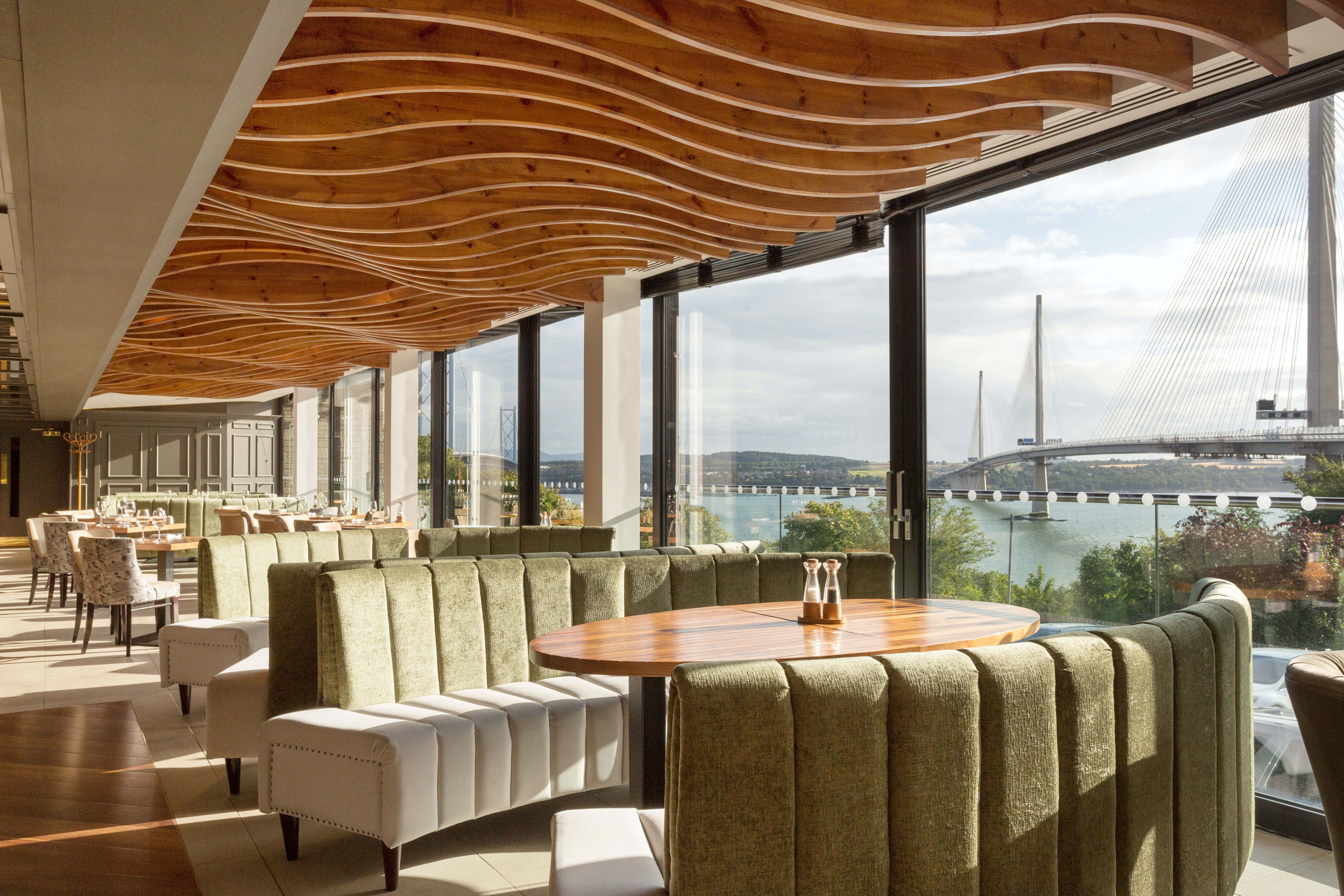 The Shore Grill & Fish House, DoubleTree by Hilton Edinburgh - Queensferry Crossing