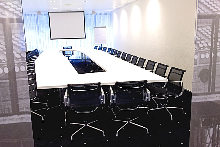 J.F. Staal Room This meeting room located at the first floor. The meeting room is equipped with plug & play.