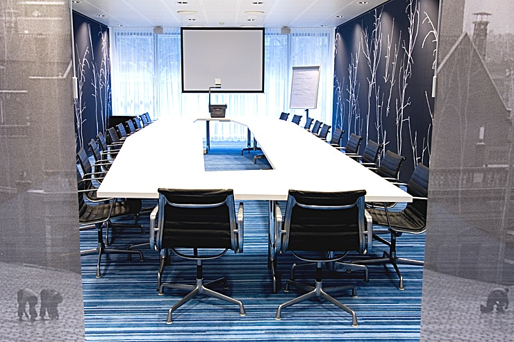 Blue Room This meeting room located at the first floor of the hotel. The meeting room is equipped with plug & play.