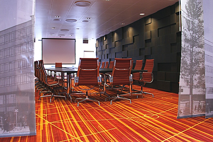 Van der Veeken Room This meeting room located at the first floor. The meeting room is equipped with plug & play.