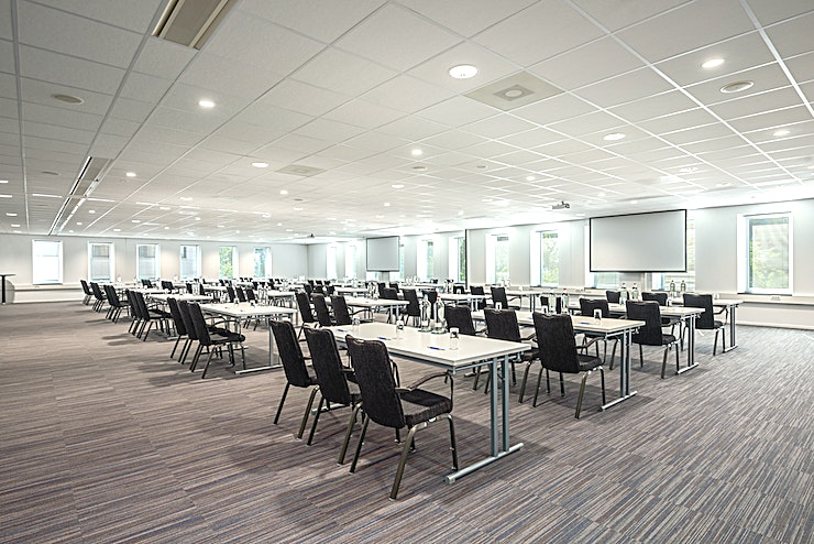 Rotterdam 1+2+3 Meeting rooms Rotterdam 1, Rotterdam 2 and Rotterdam 3 can be combined into one larger meeting Space. It can host up to 300 people and it is the ideal location for different types of larger-sized busi