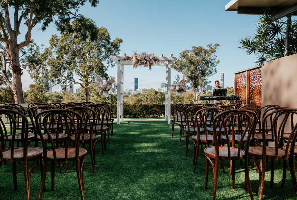 Courtyard Ceremony, Victoria Park Weddings