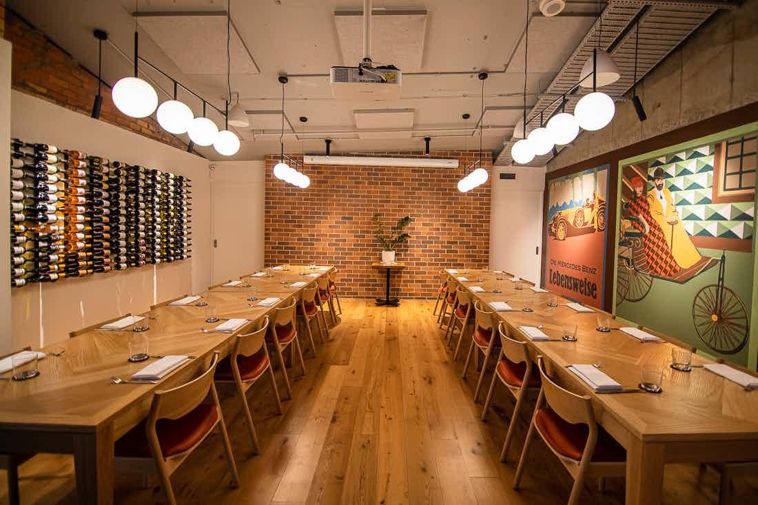 Private Dining Room, Motorwagen Restaurant