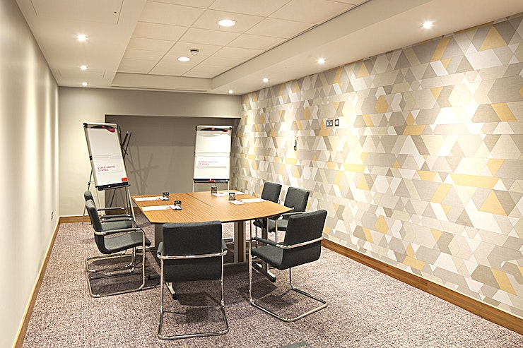 Victory When it comes to meetings, Crowne Plaza Newcastle - Stephenson Quarter has put a lot of thought into how to help you. Their meetings promise is a list of standards that every Crowne Plaza Hotel must achieve to guarantee you a good meeting, from booking in to checking out.  MEETING SUCCESS At the Crowne Plaza Newcastle - Stephenson Quarter they want you to have the time to make your event a success. That means leaving them to do the hard work so you don't have to. Their conference and events team are on hand to deliver a successful event for you, from the right room layout and food and beverage choices to the right technology to make a great impression.  IHG BUSINESS REWARDS IHG Business Rewards and IHG Rewards Club are a way of saying thank you for your business. Earn IHG Rewards Club points when placing business meetings and accommodation as well as social bookings.  EAT WELL, WORK WELL When you eat well, you work well too, so at Crowne Plaza the food is not only freshly prepared, it's also nutritionally balanced to feed the mind as well as the body. The dishes have been specially developed the dishes on the meetings menu to give you the energy and nutrients you need to stay focused, creative and full of ideas.  CROWNE PLAZA MEETINGS DIRECTOR A dedicated point of contact for your entire event to handle the details so you can focus on the big picture.