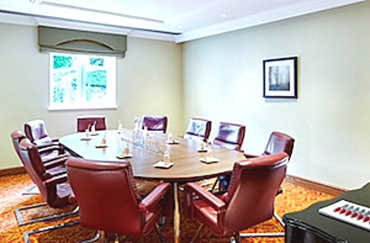 Salford Room Our smaller function rooms are perfect for meetings with fewer numbers. Located within the main conference area and within easy reach of refreshments, The Salford rooms can accommodate up to 12 people. The room benefits from lots of natural daylight and come equipped with LCD screen and flipchart.