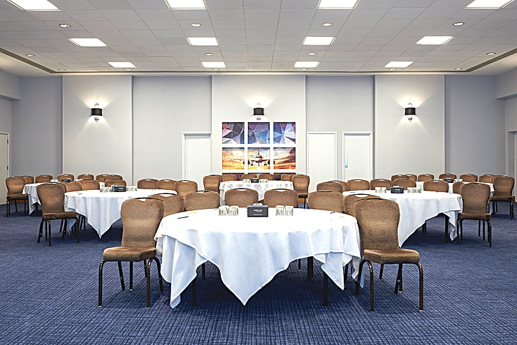 Roding Accessible ground floor meeting room with natural daylight and black-out curtains. Has bi-fold doors with accessibility to Albury and Hadam to make one large Space for exhibitions