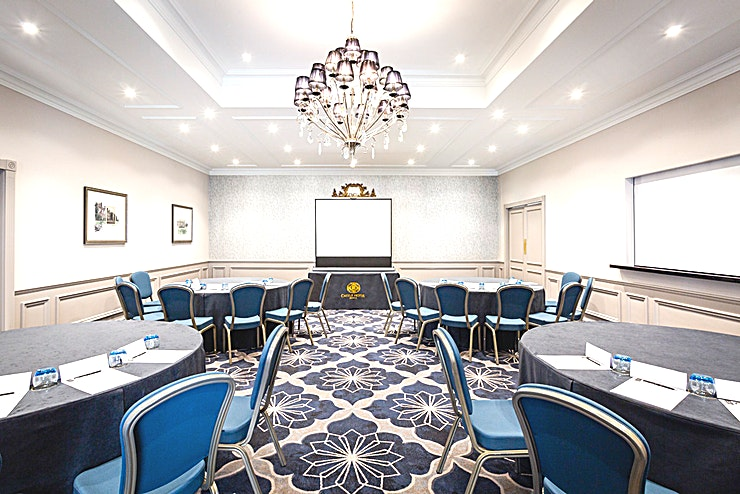 Sandringham The ideal suite for smaller conferences, meetings and other business events, our Sandringham Suite is a stylish space that caters to all your requirements.