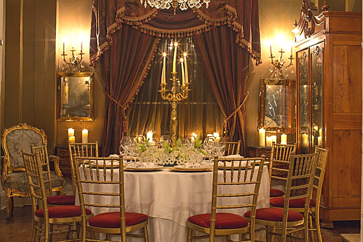 The Drawing Room An intimate dining Space on our first floor, adjacent to the ballroom, that can hold up to 12 Guests for private dining.