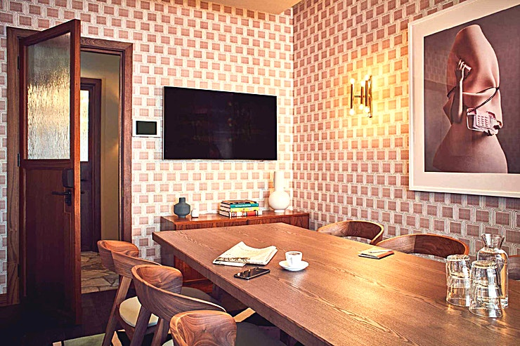 The Study **For an intimate meeting room hire ideal for your next interview or team meeting, The Study at The Hoxton Holborn is the perfect spot.**