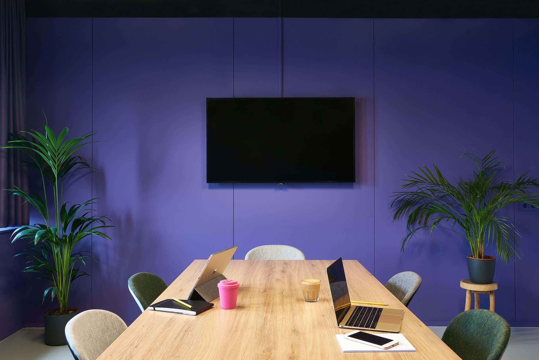 Purple room, Good Hotel London