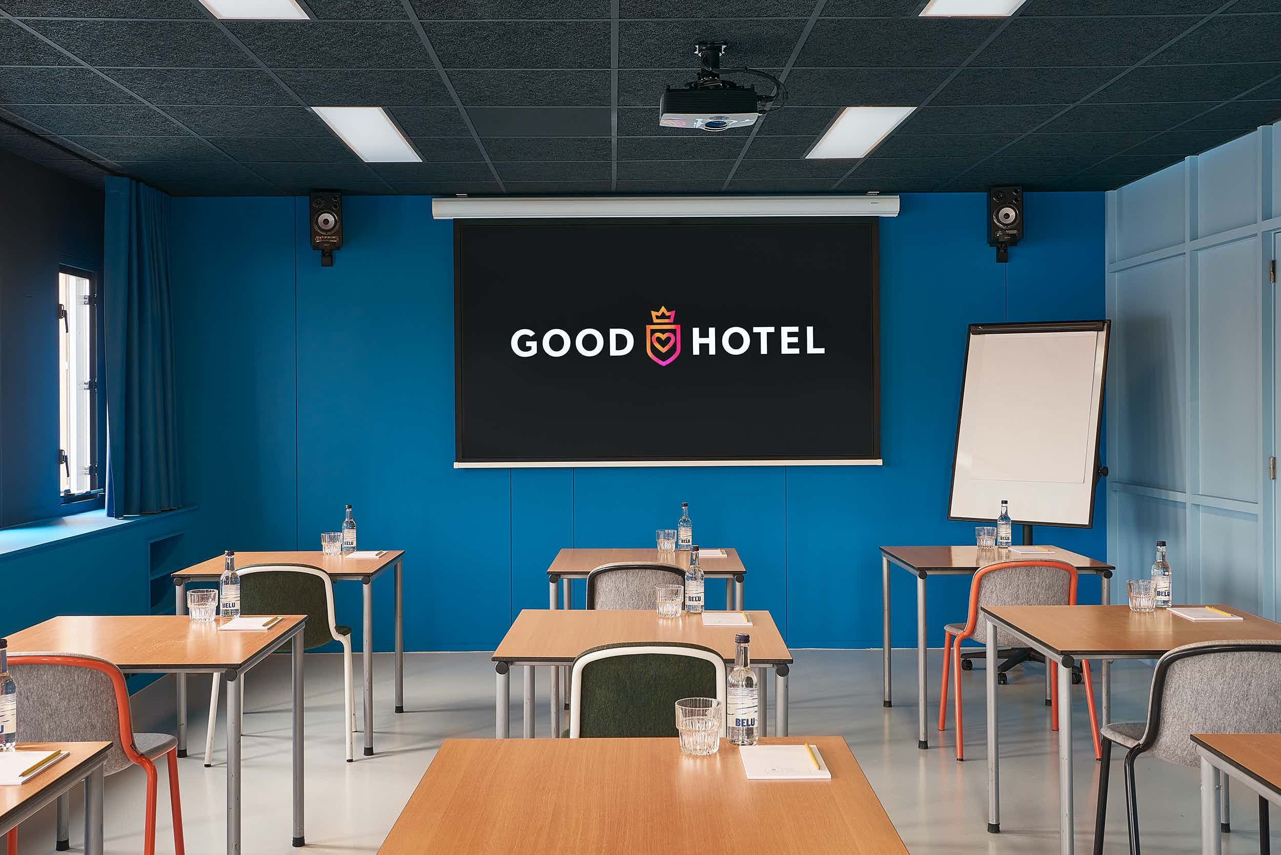 Blue Room, Good Hotel London