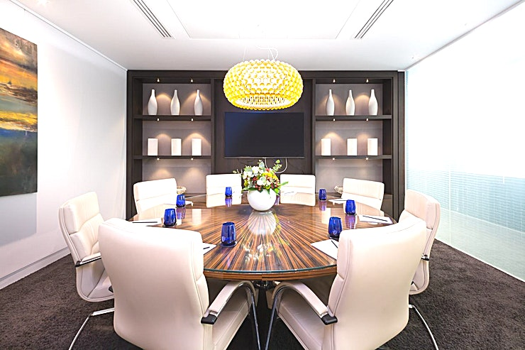 Berkeley **Hire the Berkeley meeting room in Dover Street for your next productive day out of the office. Brought to you by Landmark - a company who create professional workspaces for people who want to work i