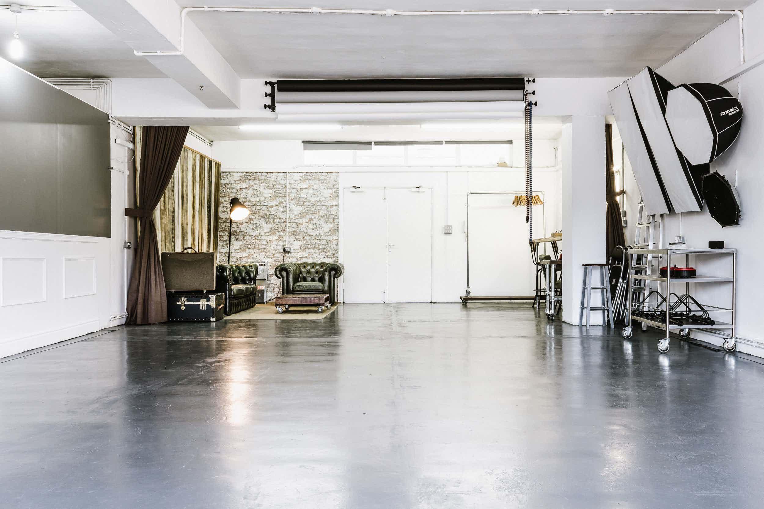 Photography - Filming - Event venue, 69 drops Studio 1