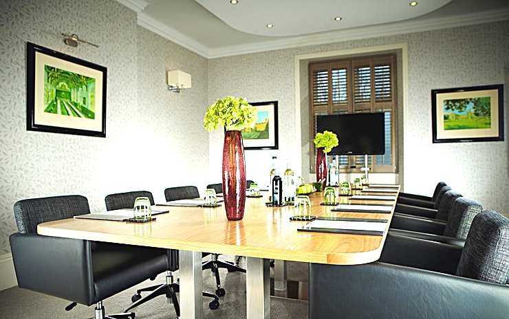 Boardroom **Alexander House has a stylish, state-of-the-art boardroom for hire in East Grinstead.**