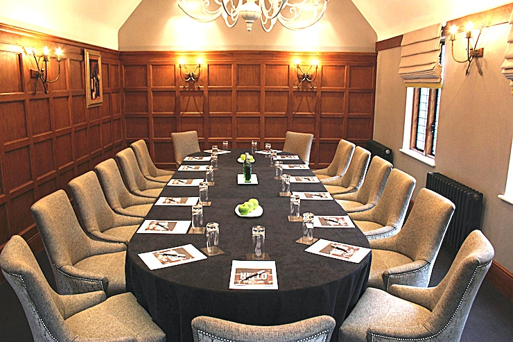Boardroom **Langshott Manor has a stylish, state-of-the-art boardroom for hire in Horley.**