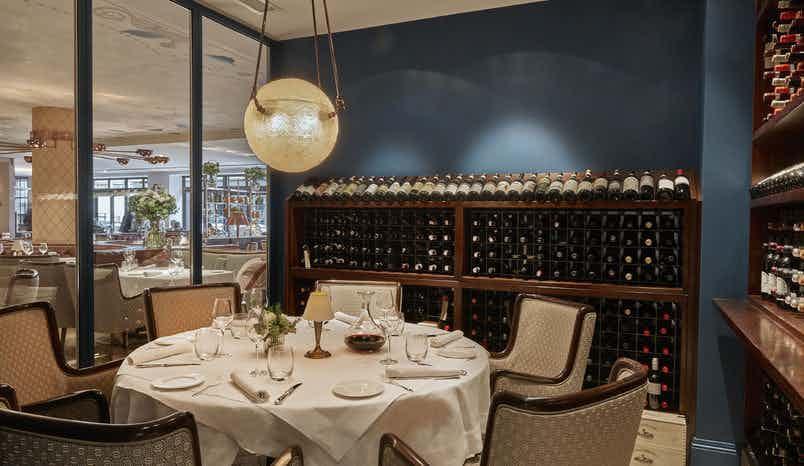 Wine Room, Sartoria