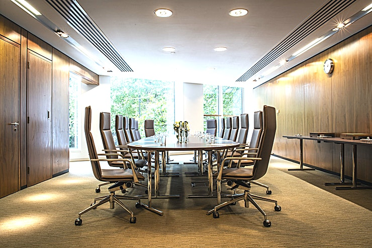 Boardroom **For a medium scale private meeting room hire for 12 to 16 attendees the Boardroom at Royal Lancaster London is an excellent choice.**   Situated in a quiet and private wing of the hotel, this eleg