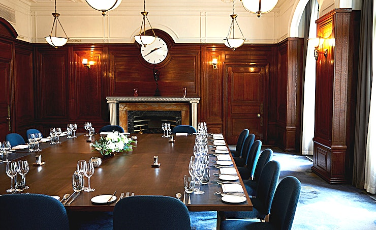Princes Gate, Heritage Room **The Princes Gate Heritage Room at 30 Euston Square is a stylish event Space for hire near Euston in London.**  The 6 Heritage Rooms at 30 Euston Square represent the strong history of the venue, complete with original oak features and large windows.  Reinvented to create memorable private dining and intimate day meeting experiences with sustainable, locally sourced, best of British catering and exquisite butler service.   Guests can experience state-of-the-art technology, palatial amenities and a high-class lounge within a beautiful and comfortable environment.