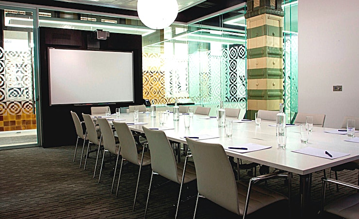 Ground Floor Meeting Room 1 **For a spacious, flexible meeting Space near Euston, you won't get much better than Ground Floor Meeting Room 1 at 30 Euston Square.**  G1 is fully equipped with integrated AV equipment and LCD scr