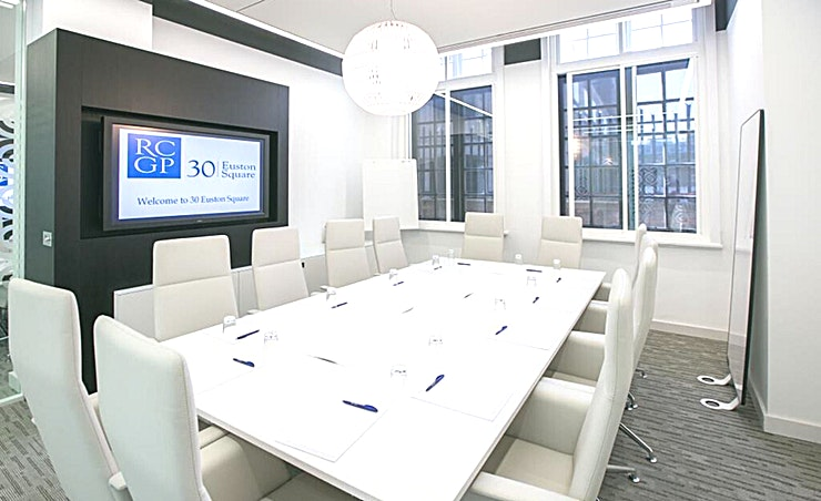 Ground Floor Meeting Room 7 **Boasting state-of-the-art facilities, Meeting Room 7 on the ground floor at 30 Euston Square is an inspiring place for a meeting.**  G7 is fully equipped with integrated AV equipment and LCD screen to provide you with an ideal breakout space - perfect for seminars, workshops, meetings and training events.