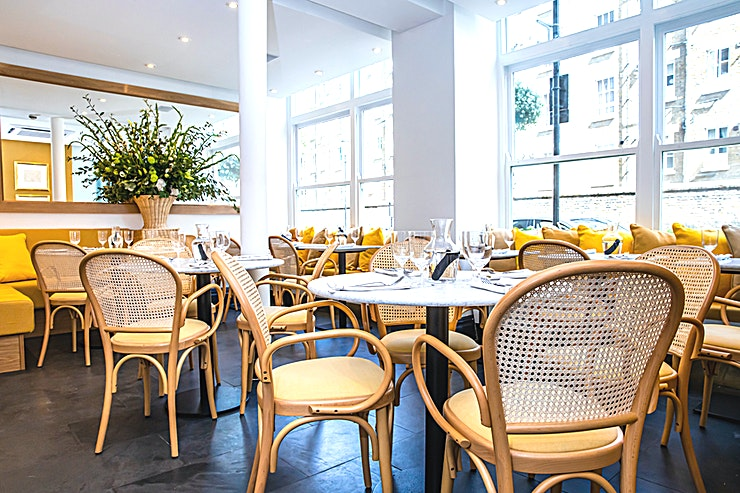 Venue Hire **Located in the heart of Belgravia, LIV Restaurant is a neighbourhood restaurant and café offering bright, contemporary dining in a relaxed, vibrant Space.**   Made with love and the best of what's in season, our dishes utilise produce from top British artisanal suppliers, with menus for breakfast, brunch, lunch and dinner, complemented by our bespoke coffee blend roasted in Naples and delivered weekly, elegant cocktails and freshly squeezed juices at our downstairs bar.   With a focus on global flavours, good honest cooking and great service, LIV is all about quality, provenance and creating a sense of abundance – from generosity of spirit to the food on the plate.