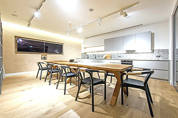 The Kitchen **For team away days, workshops and meetings, The Kitchen at the Storey Club is an ideal creative Space in Paddington.**