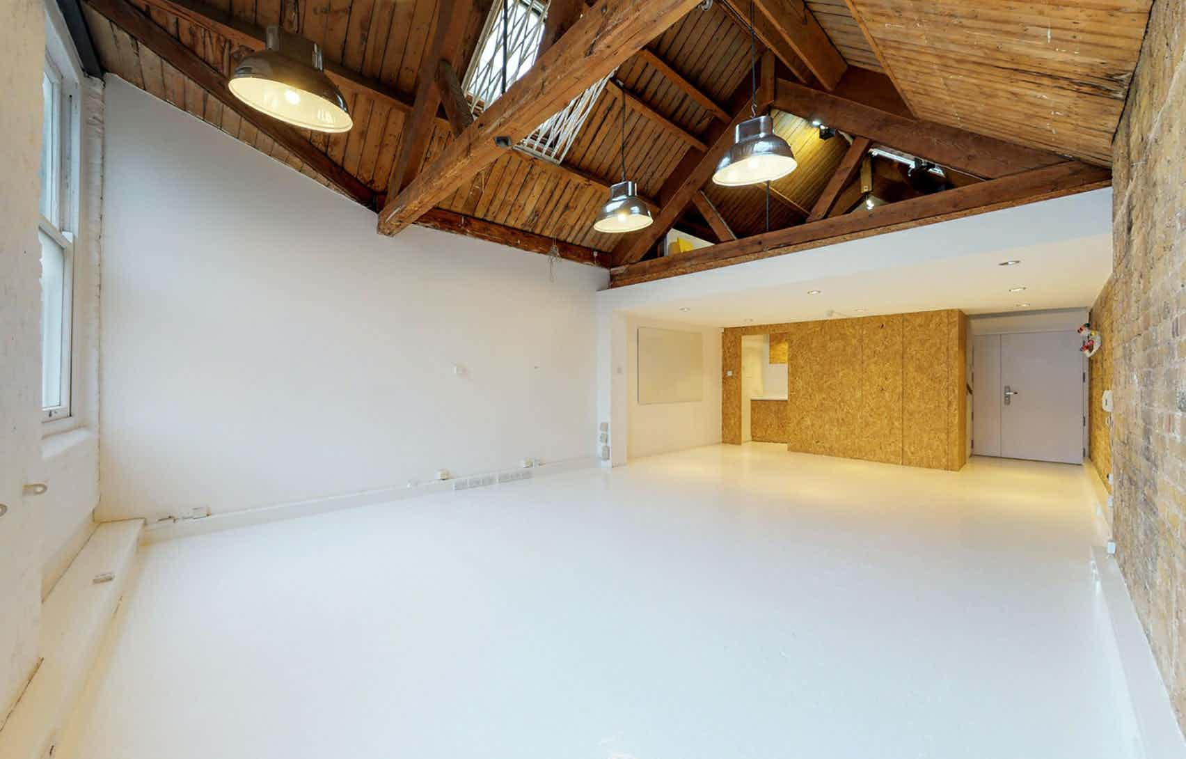 Whole Space, Willow Street