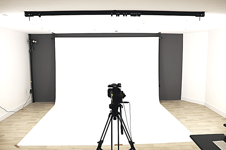 Casting & Photographic Studio **The Townhouse Studio is a state-of-the-art dry hire studio available for hire in West London.** 