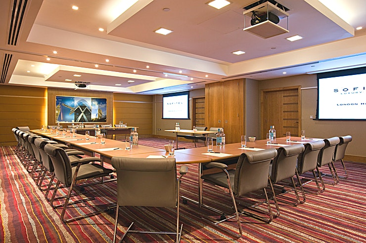 Paris  **Located on the lower ground level, the Paris Suite at Sofitel London Heathrow includes inbuilt AV equipment (chargeable) including a screen, ceiling-mounted projector and touch screen remote control.**   The room has inbuilt AV equipment (chargeable) including a screen, ceiling-mounted projector and touch screen remote control.   On-site AV partner can assist with any other requirements. High-Speed Internet Access is available.   The meeting room is equipped with in-room tea/coffee station and boasts Hugo Boss chairs.
