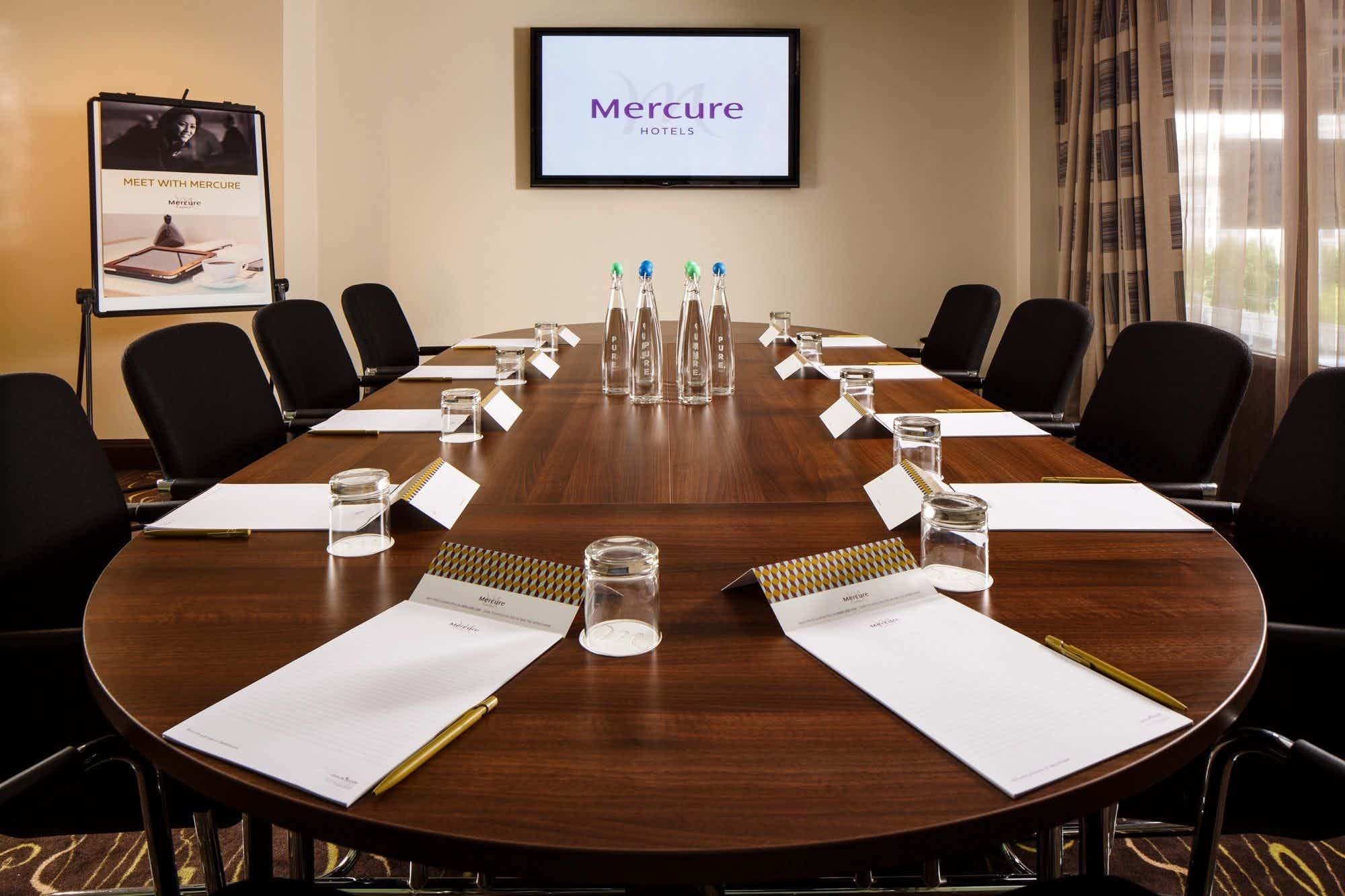 Boardroom, Mercure Manchester Piccadilly Hotel
