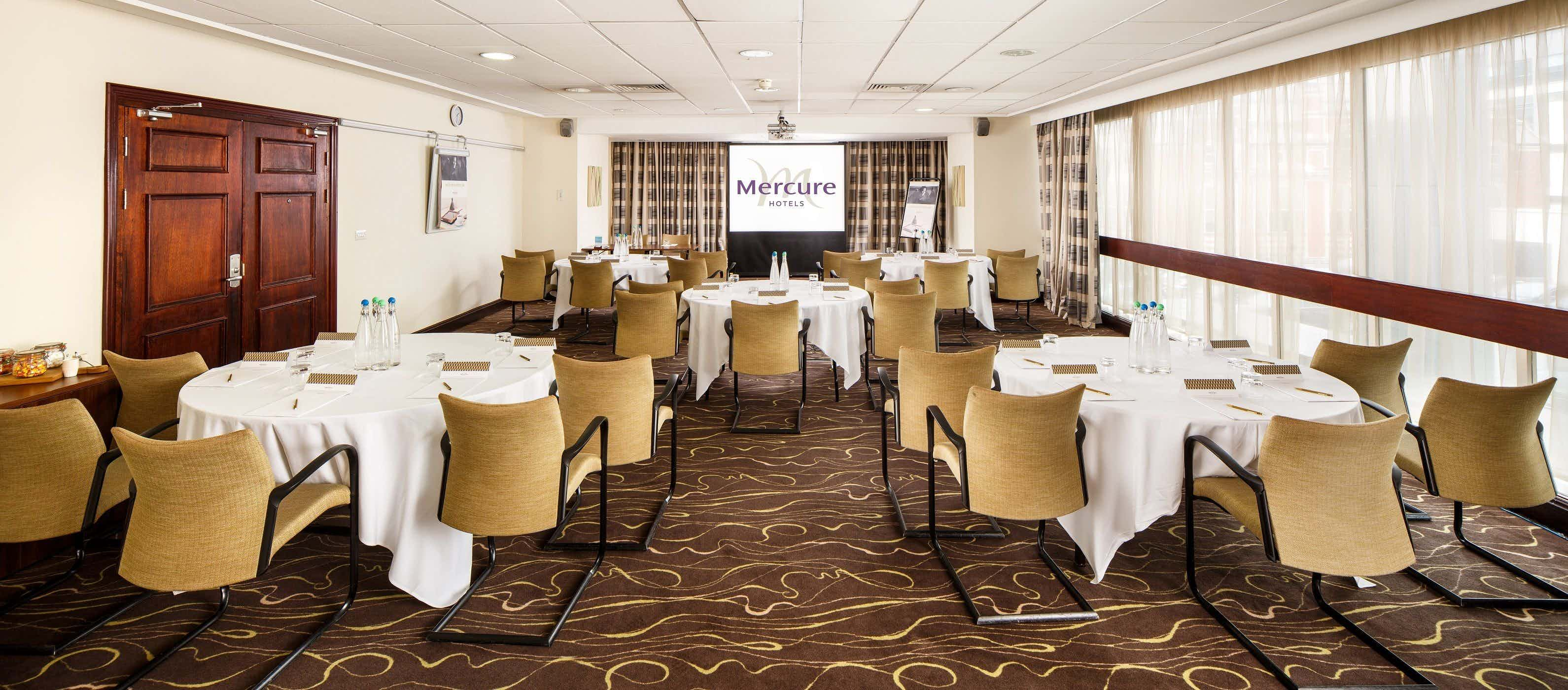 Senate Suite, Mercure Manchester Piccadilly Hotel