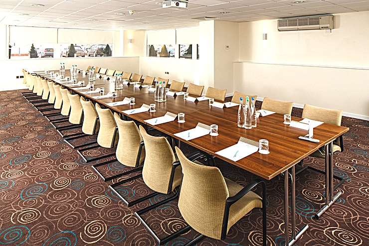 Portland Suite **The Portland Suite is a large Space that provides ultimate flexibility, located just off the main hotel lobby, perfect for your delegates' arrival!**