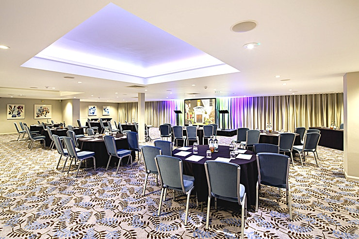 Lakeside Suite **The Lakeside Suite is a multi-purpose event Space for hire in Gloucester.**  The Space holds up to 180 Guests in theatre layout and is a completely self-contained suite.  Own private entrance, private bar, foyer, cloakroom and dance floor. Ideal for large corporate events, conferences, charity dinners, product launches, social events like birthdays.