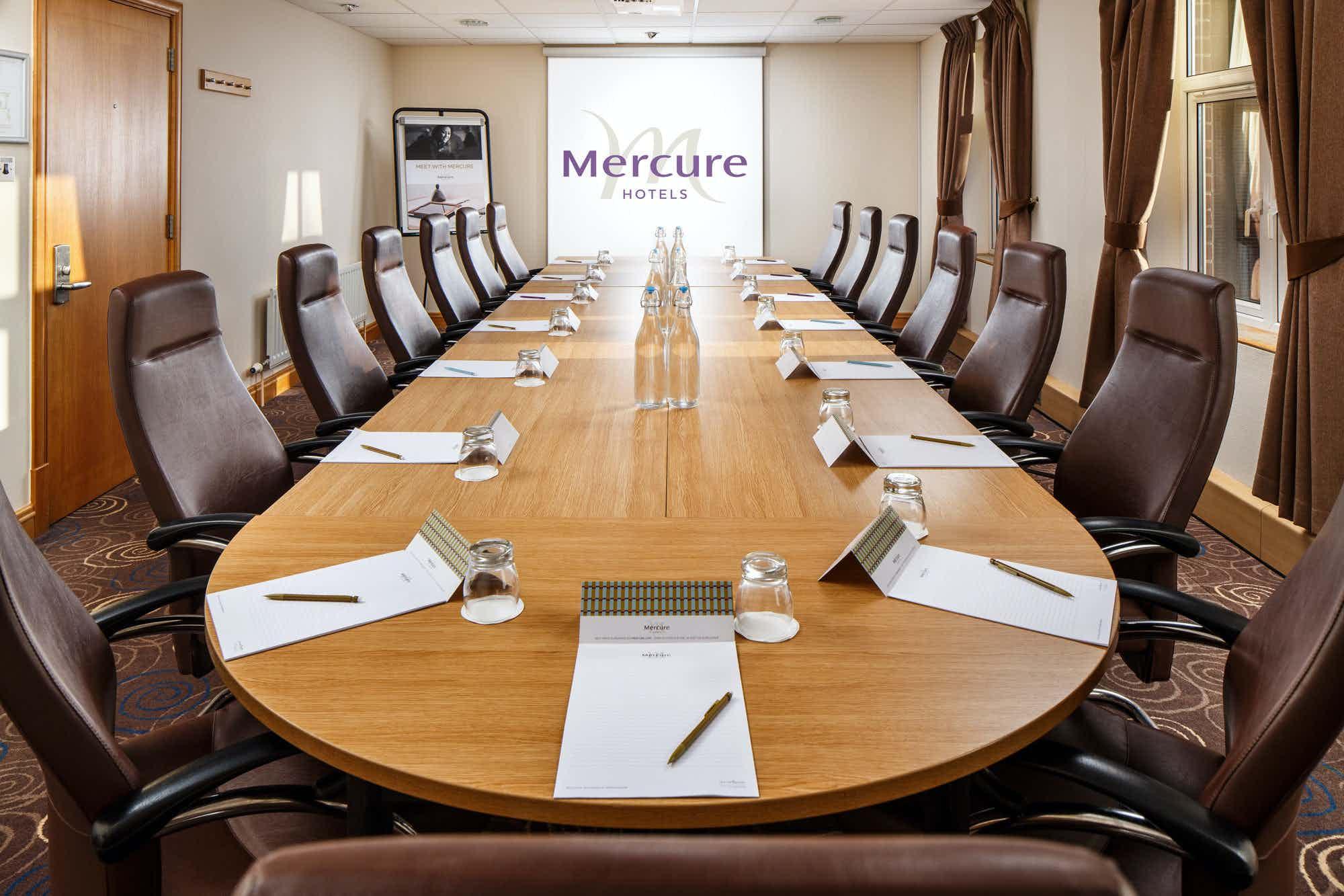 Boardroom, Mercure Leeds Parkway Hotel
