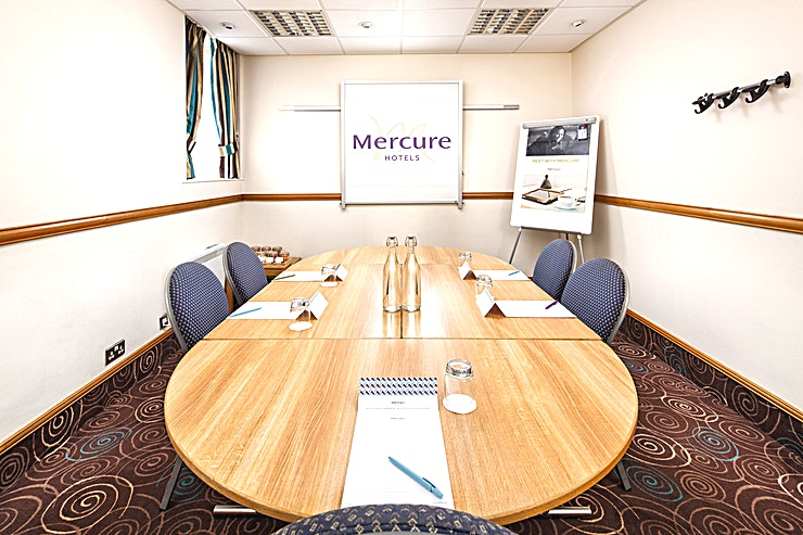 Miller Suite **The Miller Suite at the Mercure Glasgow City Hotel is a state-of-the-art meeting room for hire in Glasgow.**