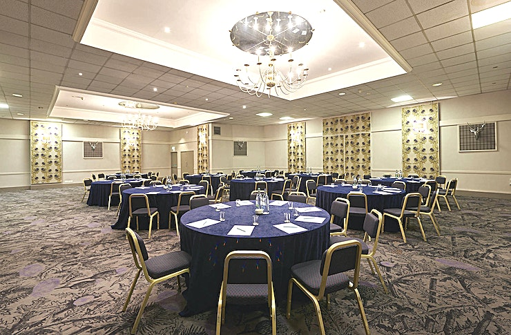 Inverness Suite **The Inverness Suite at Mercure Inverness Hotel is a spacious, versatile event Space for hire in Inverness.**  The Inverness Suite located on the lower ground floor is a versatile meeting and event room which can accommodate up to 200 in a theatre layout.   The room benefits from air conditioning, WiFi, overhead projection as well as a private bar.