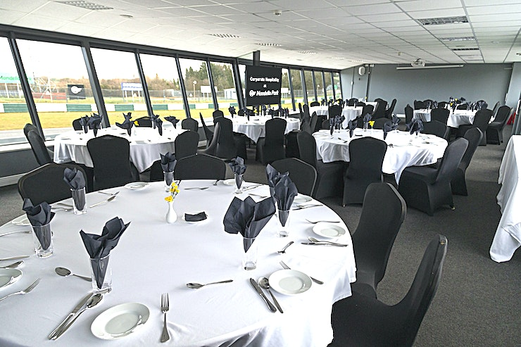 The Grand Prix Suite **With breath-taking views of the racetrack and paddock, The Grand Prix Suite is the perfect backdrop for a show-stopping lunch, dinner, or banquet.**   It is also ideal for conferences and larger meetings. Talk to our corporate sales team about what you wish to achieve and we will help you make that happen