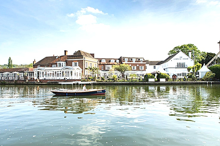 Thames Room **The Thames Room is a stylish meeting room for hire in Marlow.**