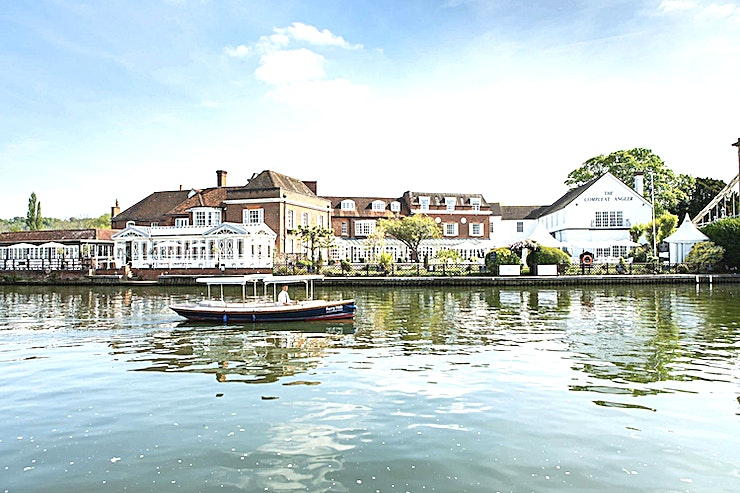 Sandringham Room **Macdonald Compleat Angler makes an elegant conference venue; peacefully located on the banks of the River Thames.** 