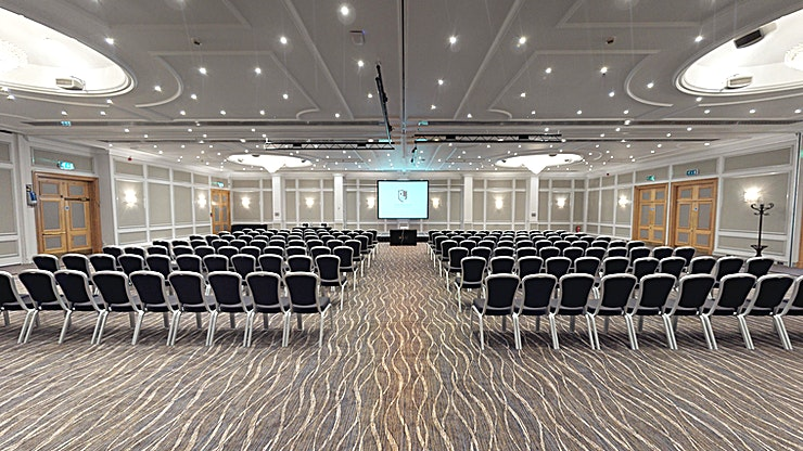 Horton Suite **The Horton Suite at Macdonald Burlington Hotel is a versatile function room for hire in Birmingham, that can be sub-divided into three smaller suites.**  This hotel in Birmingham is conveniently situated in the city centre, just two minutes' walk from the main railway station, making it the perfect location for meetings, conferences and other business events.  With their four-star service and range of 16 flexible meeting and event rooms, Macdonald Burlington Hotel is one of Birmingham's leading conference venues, with facilities to suit your business meeting requirements whether it's a large scale conference or a smaller event you have in mind.  The business areas are equipped with all the latest technology to help you easily ensure you achieve the aims of your presentation or hold a successful and productive meeting.  Let their business service and high-quality facilities help you make the most of your business event.