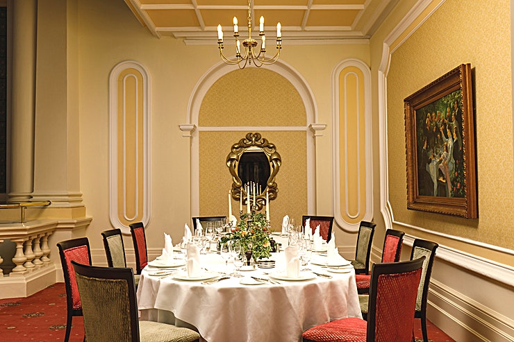 The Galleries **The Galleries at The Grand is a stylish private dining Space available to hire in Eastbourne.**