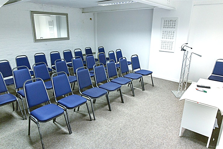 The Nest **The Nest at Fazeley Studios is a Space for business meetings and training that is often booked alongside the Fazeley Room.**  Host your meetings in the heart of Birmingham's creative, media and te