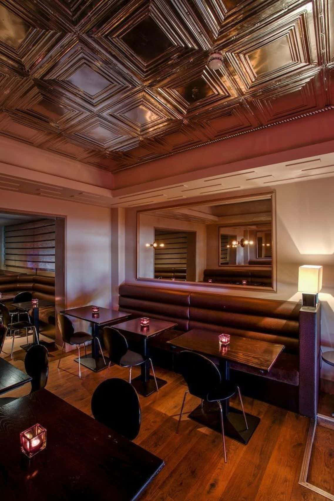 Private Room, 65 & KING
